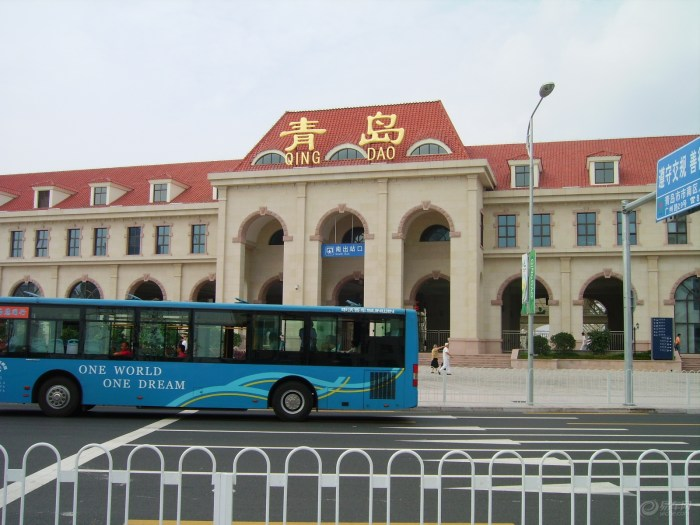 【青岛火车站风景图片