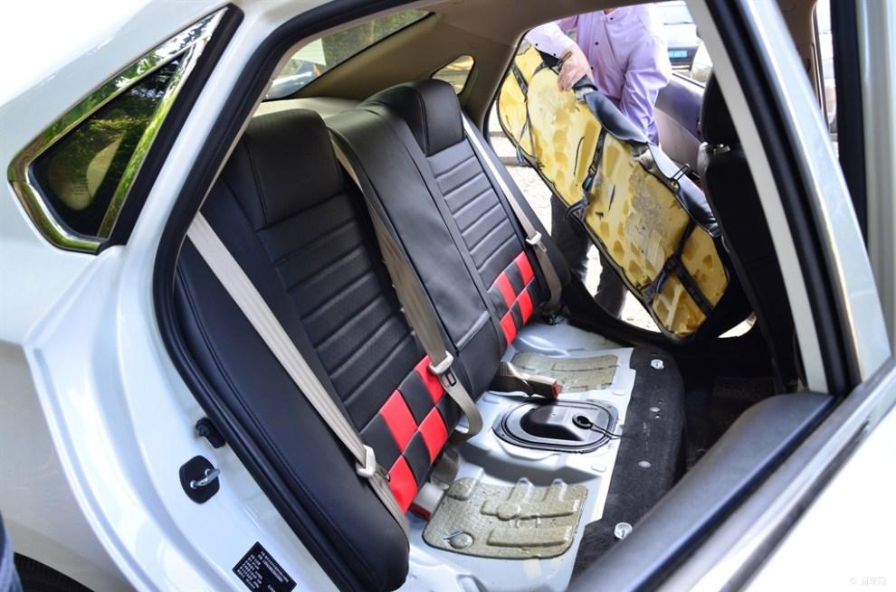 全包汽车座套安装方法_全包汽车座套安装图解