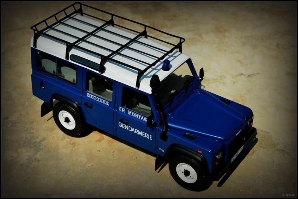 蓝色 1 18路虎卫士 法国国家宪兵警车高清图片