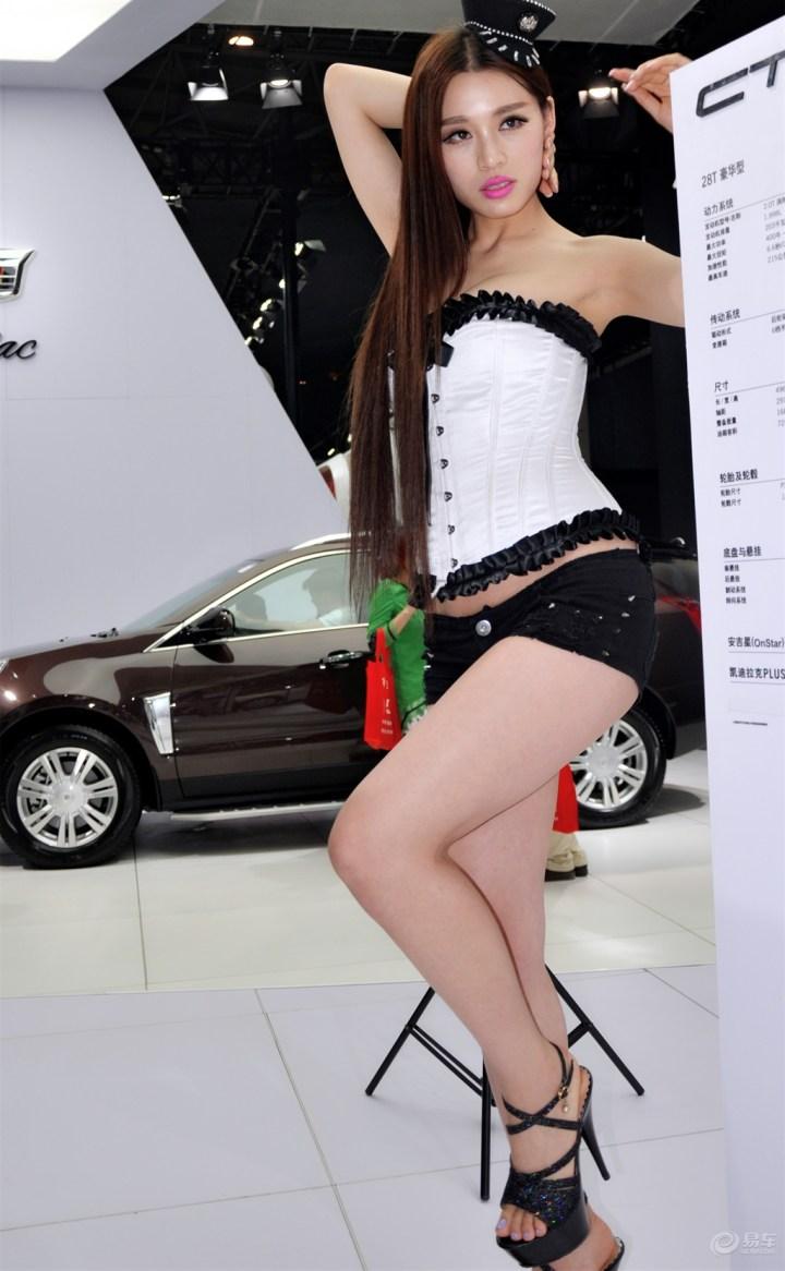 青岛车展--凯迪拉克美模