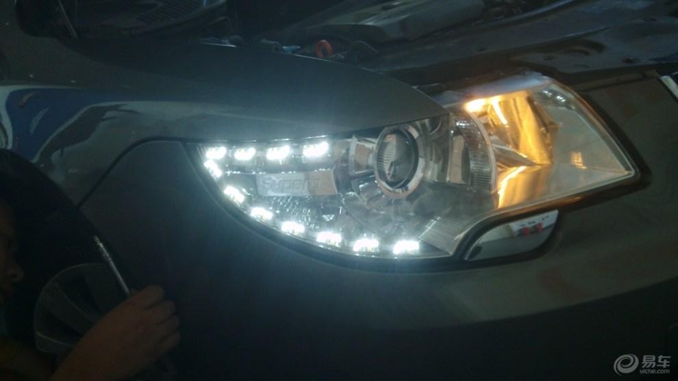 斯柯达昊锐加装氙气灯,led泪眼日行灯,还带转向功能.