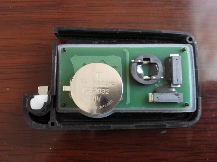 diy更换众泰钥匙电池作业