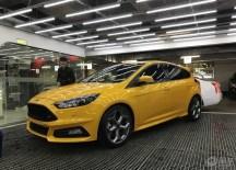 2017福克斯ST橙色版提车