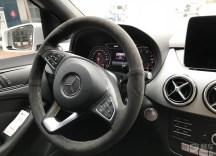 奔驰B200动感提车作业