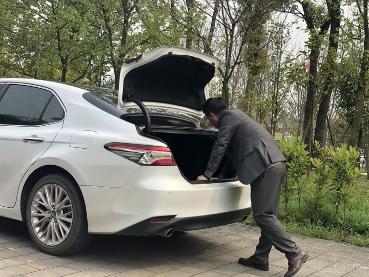 30岁长沙老满哥的人生第二辆车——丰田凯美瑞