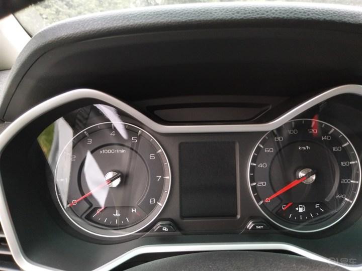 六月天,喜提人生第一辆车