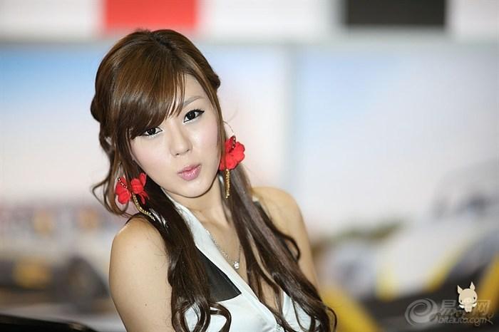 韩国当红模特黄美姬