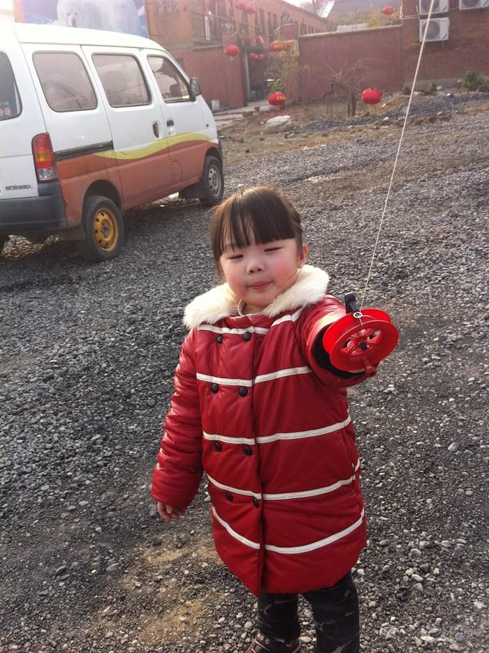 H3黑柴哈带娃放风筝 -哈弗社区图片